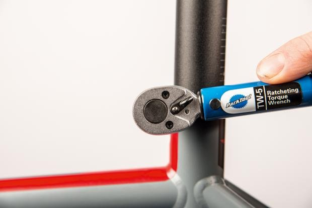 Calculating The Correct Road Bike Saddle Height For The