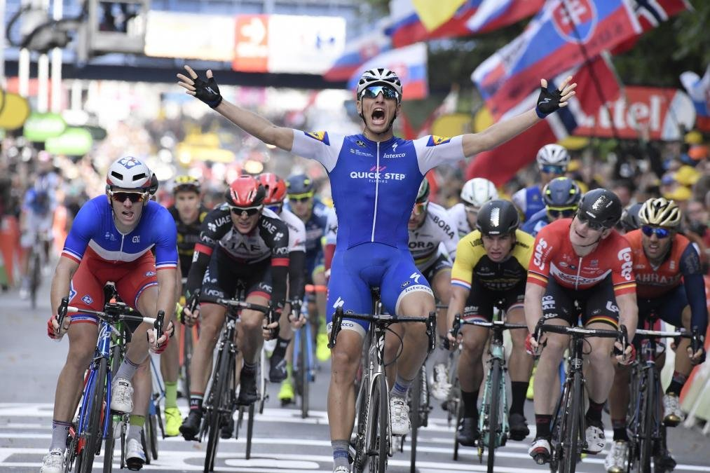 Watch Tour De France 2017 Stage 2 Highlights Videos And Gallery Cyclist