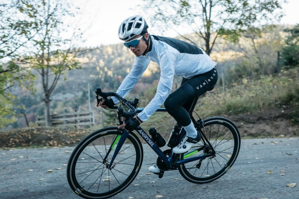 Ammco bus : Van rysel cycling shoes