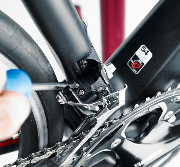 8d2c873a4a2 Front derailleur adjustment - How to adjust bike gears in six easy ...