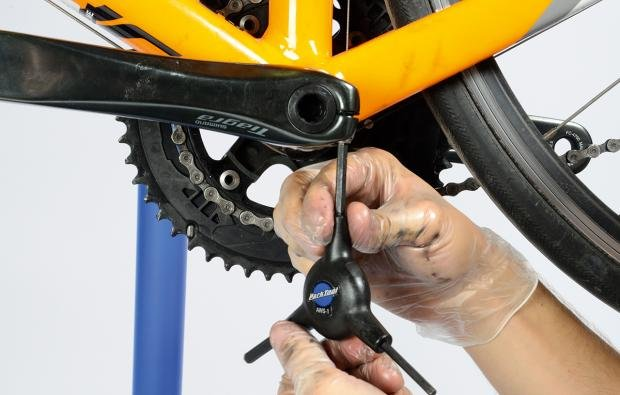 How To Remove Your Crankset Cyclist