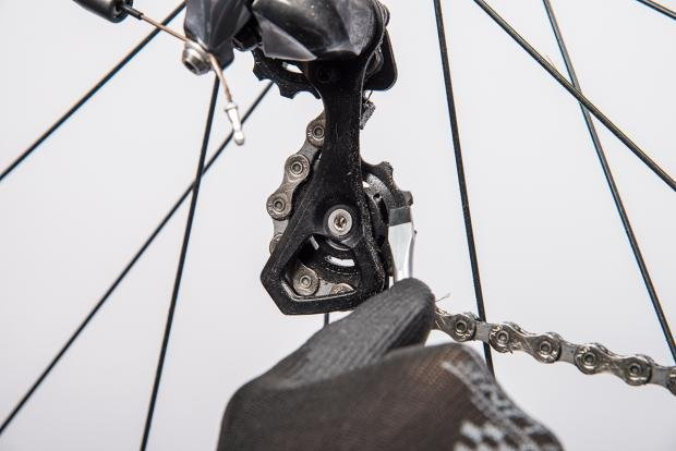 How to clean and lube your derailleurs   Cyclist